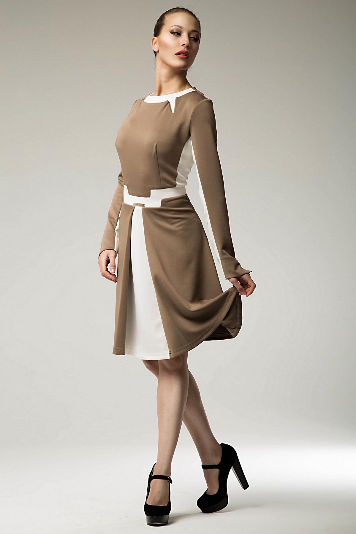 Короткое платье из ткани